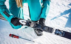 Mens skis