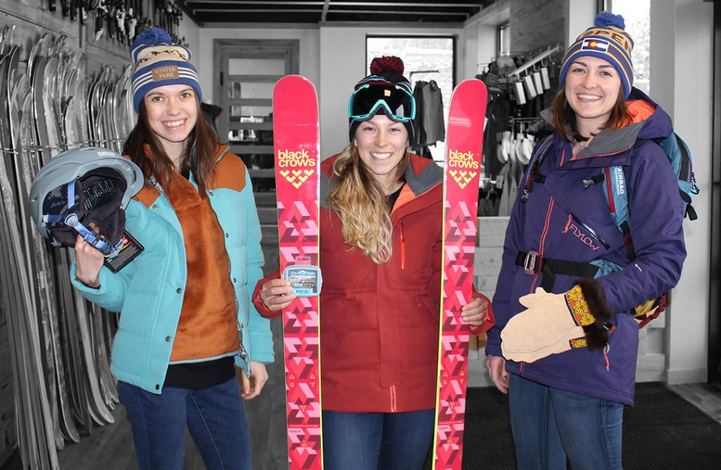 womens-skier-gift-guide-valentines
